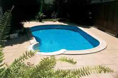 Instalaci n de piscinas de poli ster muy econ micas for Piscinas de poliester economicas
